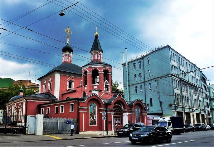 2. Церковь Георгия в Старых Лучниках. Современная фотография