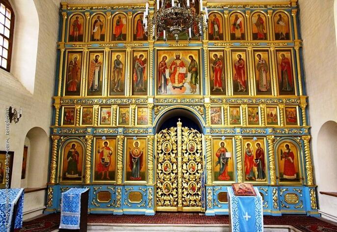 8. Иконостас церкви Георгия в Старых Лучниках. Современная фотография