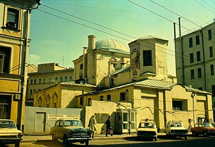 12. Церковь Георгия в Старых Лучниках. Фоторгафия Николая Розова 1989 года